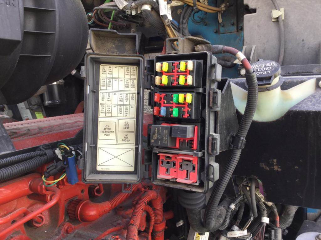 2012 kenworth t660 fuse box for sale | kansas city, mo ... kenworth t600 fuse box 2006 kenworth t600 fuse diagram