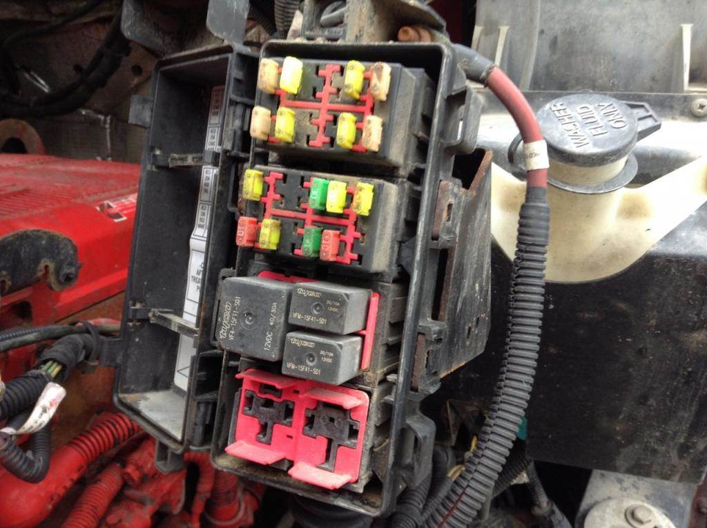 Kenworth T300 Fuse And Relay Box Wiring Diagram
