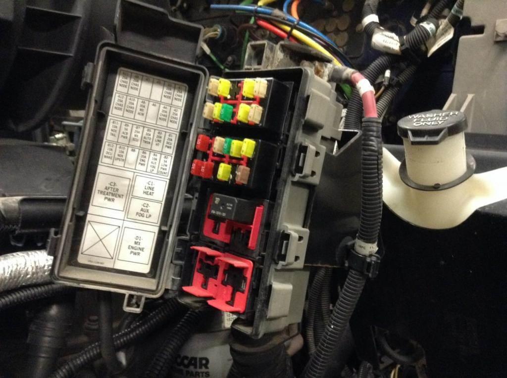 2013 kenworth t660 fuse box