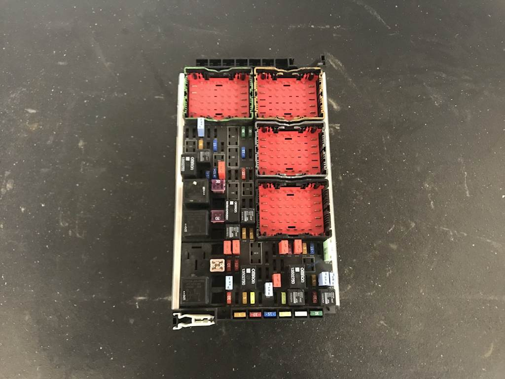 2015 Kenworth T680 Fuse Box Diagram