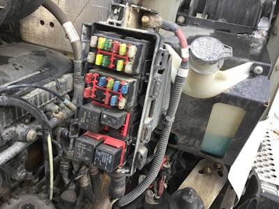 2014 kenworth t800 fuse box for sale spencer ia 24656103 rh mylittlesalesman com kenworth t800 fuse box location 2009 kenworth t800 fuse box location