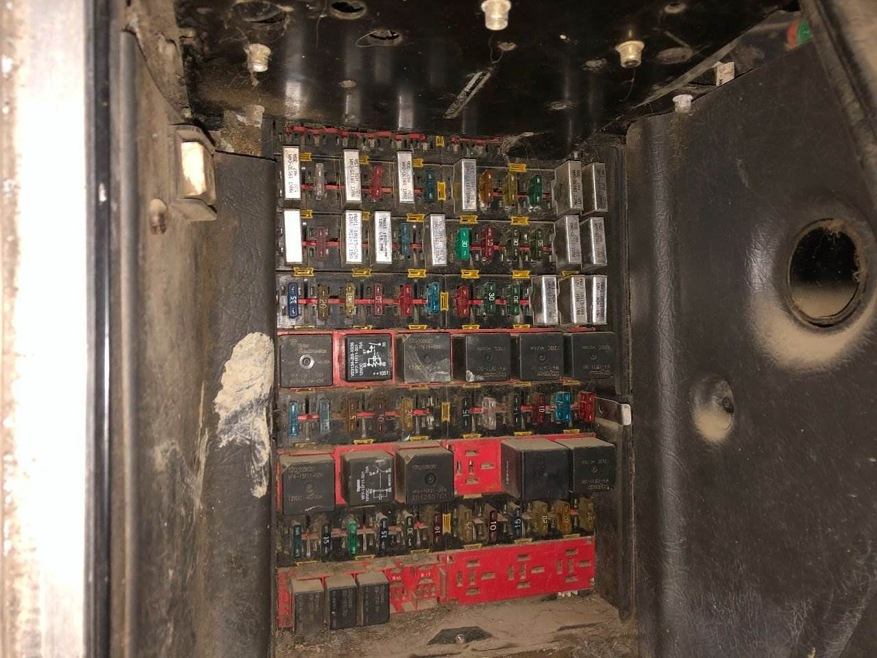40 Kenworth T40 Fuse Box   Fusebox and Wiring Diagram device ...