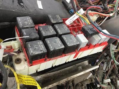 peterbilt fuse box location    peterbilt       fuse    boxes  amp  panels for sale mylittlesalesman com     peterbilt       fuse    boxes  amp  panels for sale mylittlesalesman com