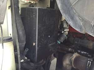 Fuse Boxes Panels Peterbilt 387 9389883 thumb peterbilt 387 fuse boxes & panels for sale mylittlesalesman com Peterbilt 379 Fuse Panel DRL at soozxer.org