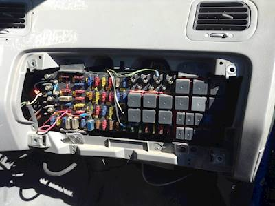sterling fuse box identification 2004 sterling fuse box 2001 kenworth fuse box 2001 sterling fuse box #9