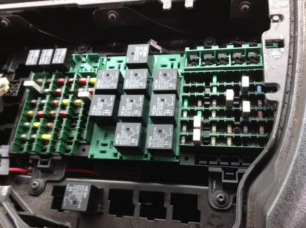 2014 volvo fuse box information schematics wiring diagrams Alfa Romeo Fuse Box