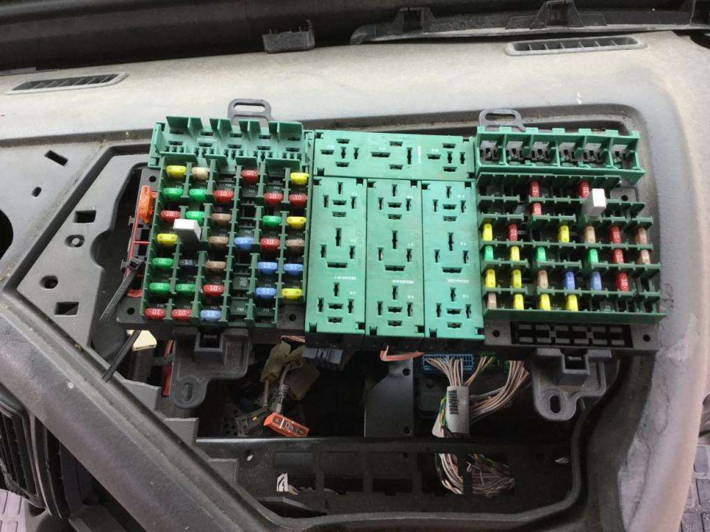 Volvo D13 Fuse Box Great Design Of Wiring Diagram Mazda T3500 2009 Vnl For Sale Spencer Ia 24592271 2007 Truck Location