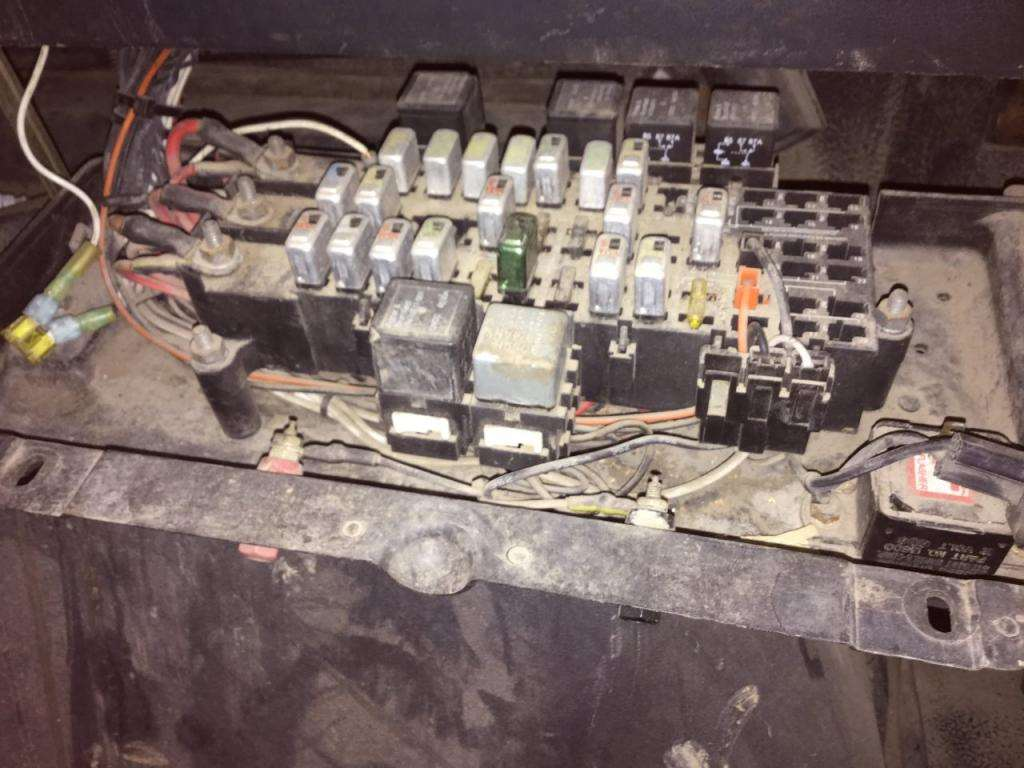 Volvo wg fuse box for sale spencer ia