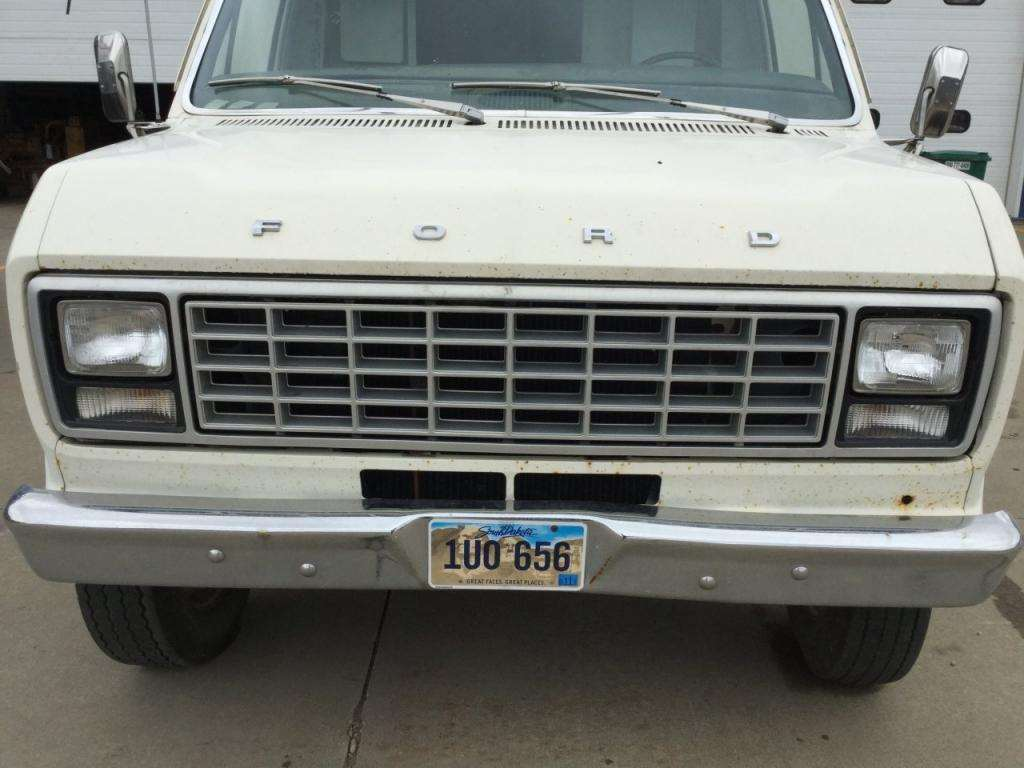 1979 ford e 350 grille for a ford e350 cube van