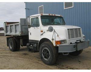 International 4700 Heavy Duty Dump Truck