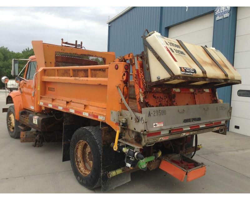 1998 international 4700 heavy duty dump truck for sale des moines ia. Black Bedroom Furniture Sets. Home Design Ideas