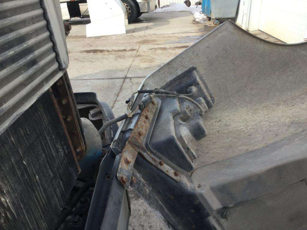 Fld 120 Hood : Freightliner fld hood panel for sale