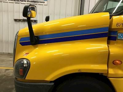 2014 Freightliner Cascadia Hood