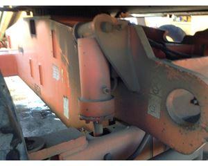 JLG 600S Hydraulic Cylinder