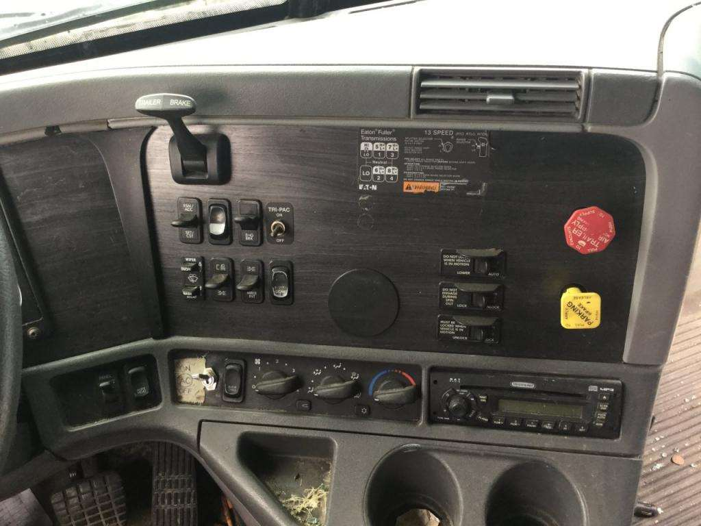 2006 Freightliner Columbia 120 Instrument Cluster For Sale | Kansas City,  MO | 24610109 | MyLittleSalesman com