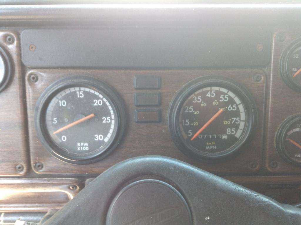 1997 Freightliner FLD120 Instrument Cluster For Sale | Council Bluffs, IA |  24584059 | MyLittleSalesman com