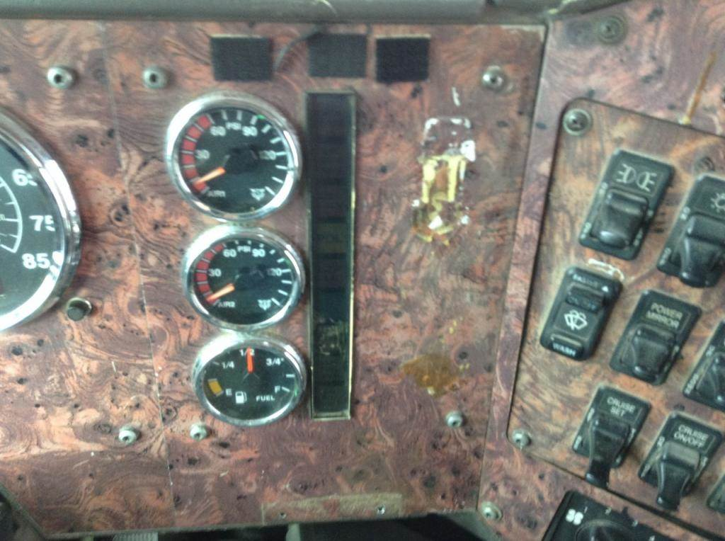 2001 International 9200 Instrument Cluster For Sale | Spencer, IA |  24707078 | MyLittleSalesman com