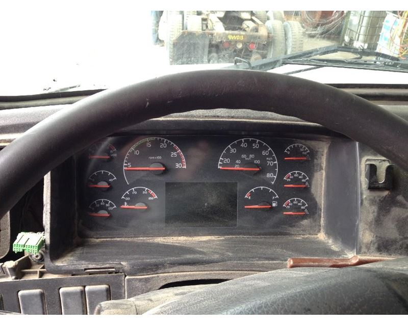 2005 volvo vnl instrument cluster for sale spencer ia. Black Bedroom Furniture Sets. Home Design Ideas
