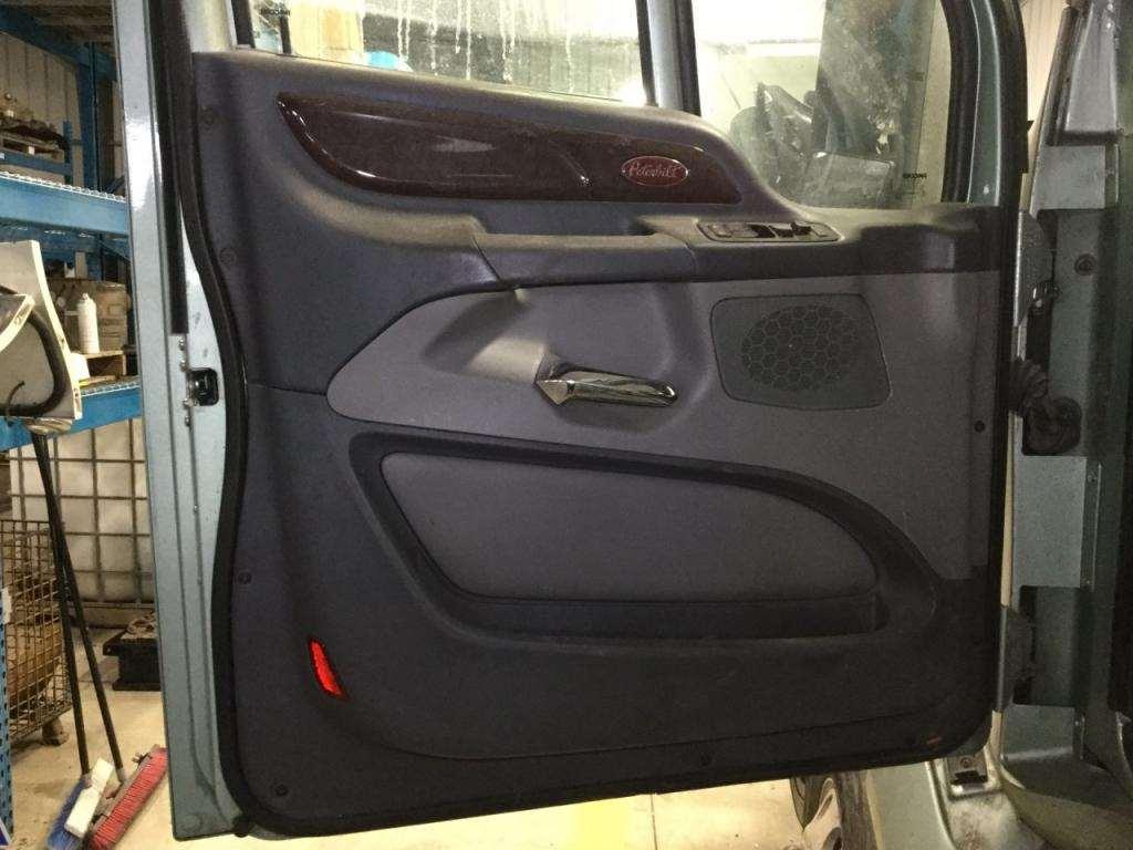 2014 Peterbilt 587 Interior Door Panel For Sale | Sioux Falls, SD ...
