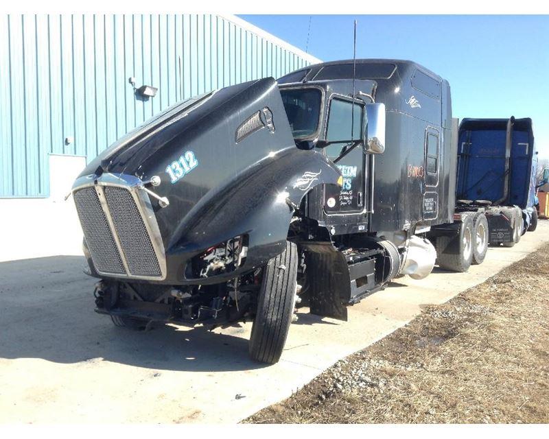 2013 Kenworth T660 Interior Trim Panel For Sale 153 749 Miles Kansas City Mo