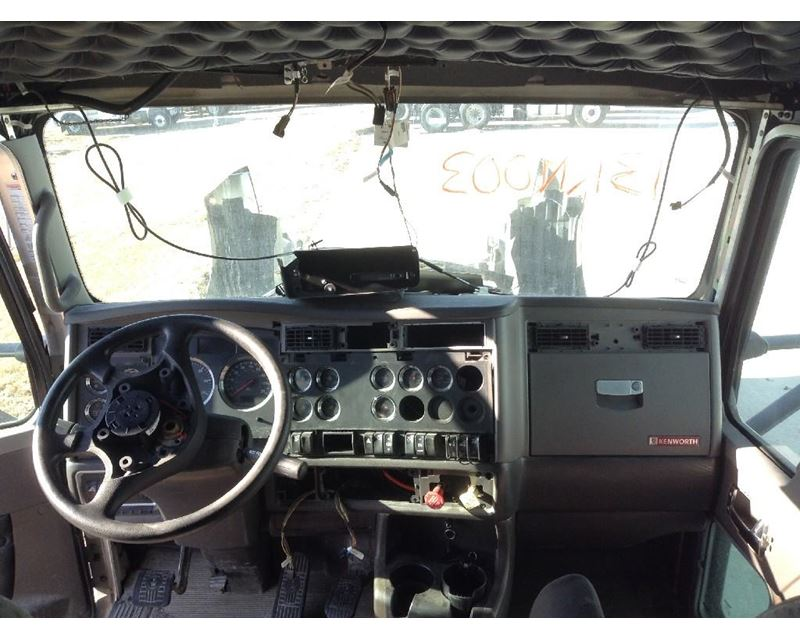 Kenworth T660 Interior Pictures To Pin On Pinterest Pinsdaddy