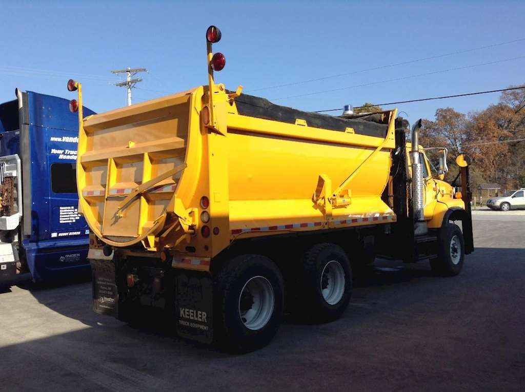 2003 International 2674 Plow / Spreader Truck For Sale ...