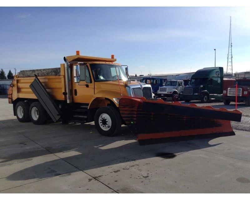 2006 international 7400 plow spreader truck for sale des moines ia. Black Bedroom Furniture Sets. Home Design Ideas