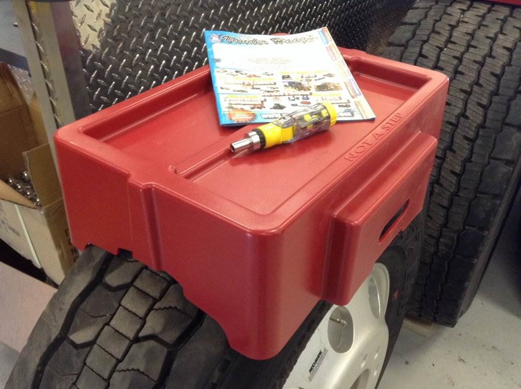 Model# 100041 SINGLE TIRE WORK BENCH//TOOL TRAY by Minimizer