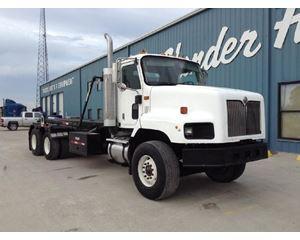 International 5600I Roll-Off Truck