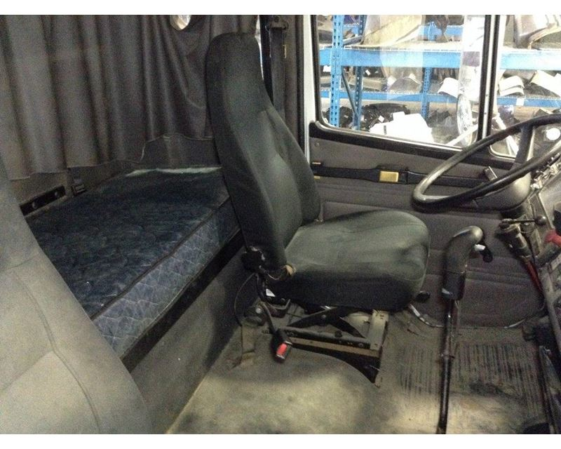 2004 freightliner fl112 air ride seat for sale sioux. Black Bedroom Furniture Sets. Home Design Ideas
