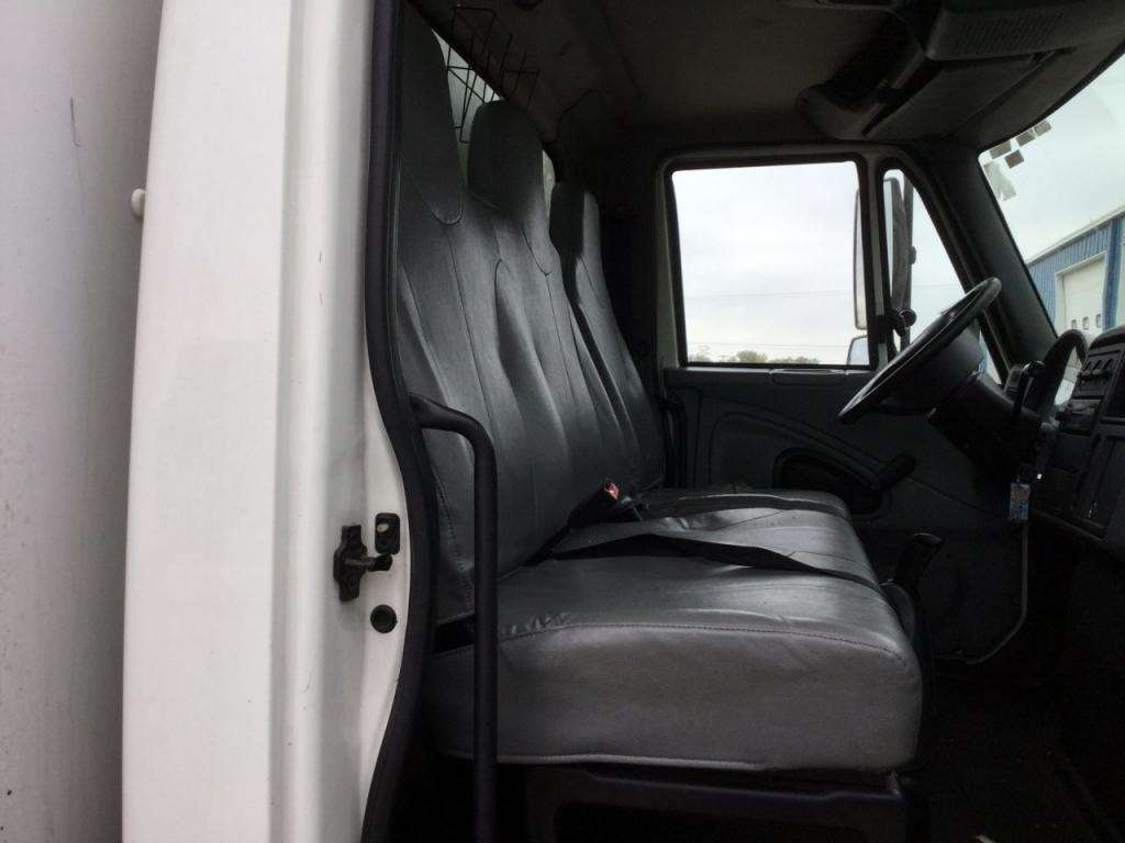 Awe Inspiring 2006 International 4300 Seat For Sale Sioux Falls Sd 24518050 Mylittlesalesman Com Evergreenethics Interior Chair Design Evergreenethicsorg