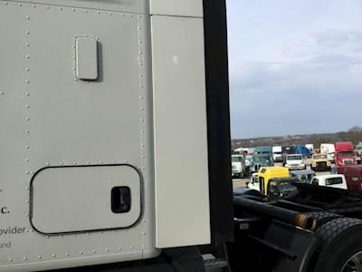 Kenworth T680 Truck Parts For Sale | MyLittleSalesman.com on