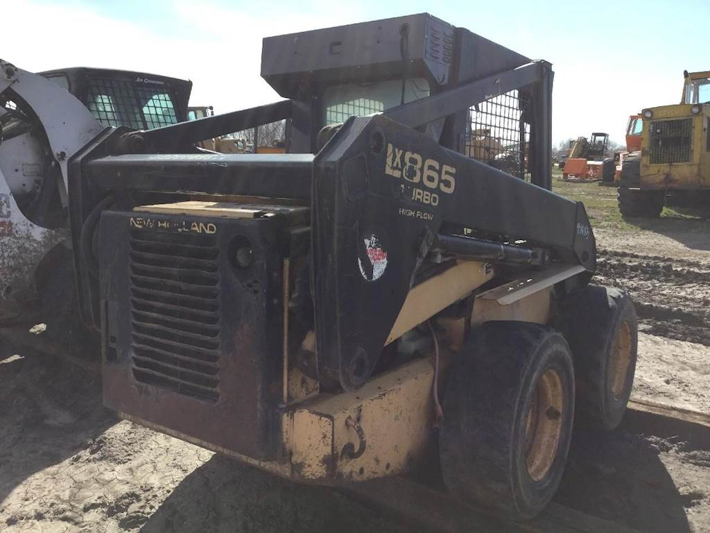 1998 New Holland LX865 Skid Steer Being Dismantled   Des