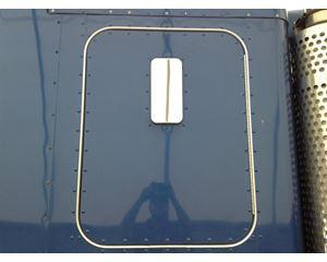 Kenworth W900L Sleeper Door