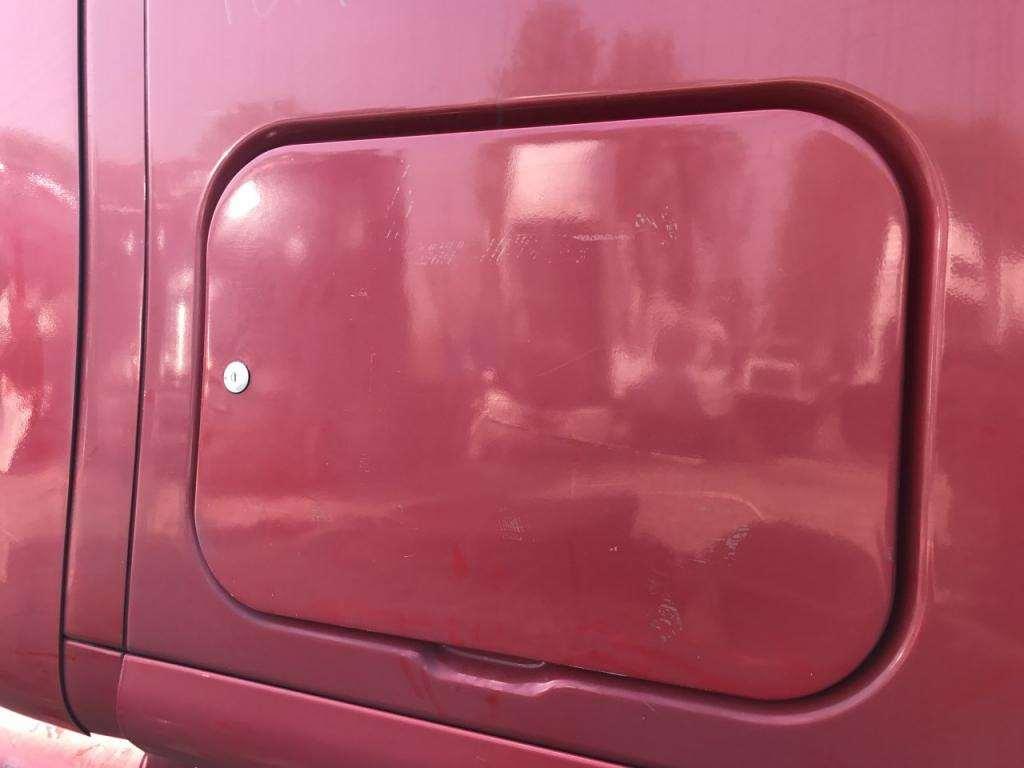 2012 Peterbilt 587 Sleeper Door