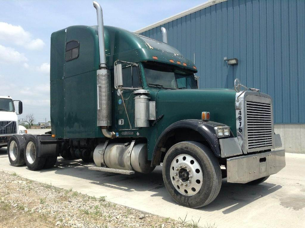 1995 Freightliner Fld12064t Classic Sleeper Truck Being Dismantled Spencer Ia 95wh124 Mylittlesalesman Com