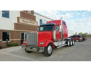 Western Star 4900EX Sleeper Truck