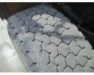 SPOKE 22.5 Tire / Rim