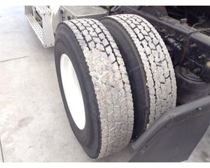 Freightliner FLD112 Tire