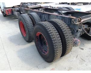 International 4900 Tire