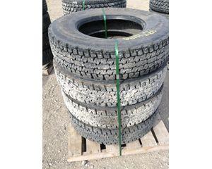 International 9400 Tire