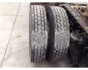 Kenworth T800 Tire