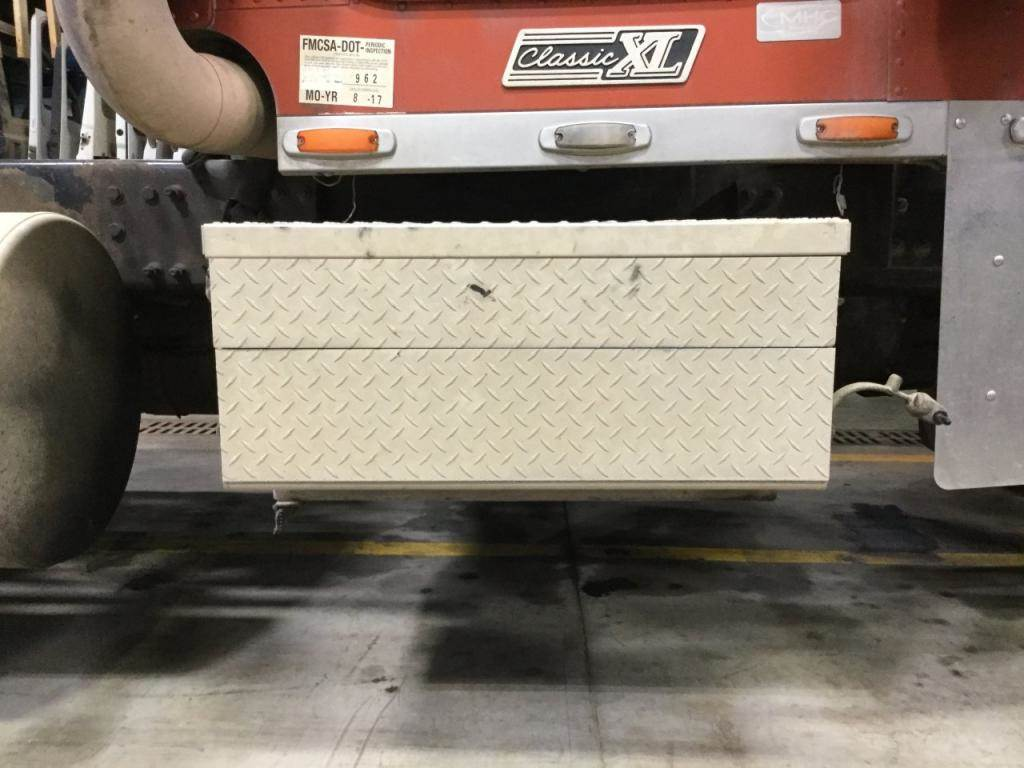 2000 Freightliner Classic Xl Tool Box For Sale Sioux Falls, Sd Old Fuse Box  Fld132 Fuse Box