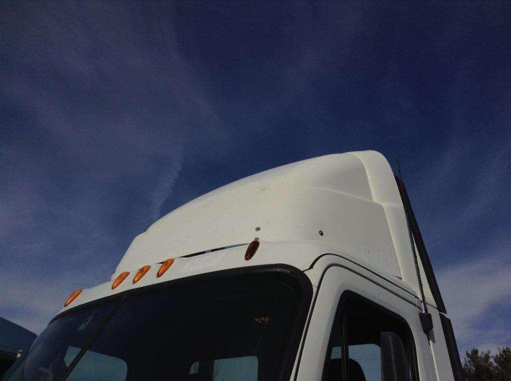 Tractor Trailer Wind Deflectors : Freightliner cascadia wind deflector for sale des