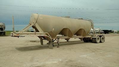 Dry Bulk & Pneumatic Tank Trailers For Sale | Southeastern Pneumatic