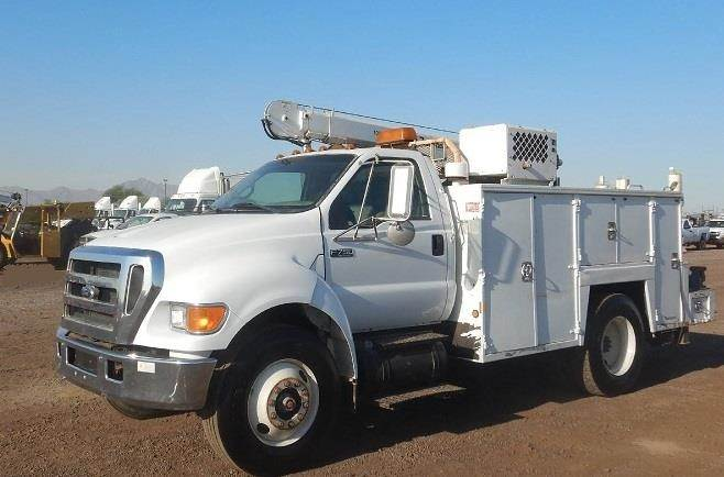 2007 Ford F-750 Mechanic / Service Truck w/ Maintainer ...