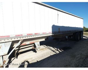 Chamberlin JDWH-100 double hopper grain trailer