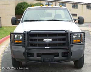 2005 Ford F550 XL truck cab and chassis