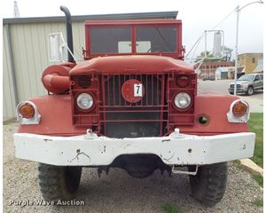 1952 Mack truck cab and chassis