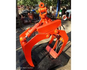 Hydraulic grapple attachment